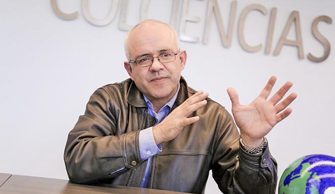 César Ocampo Colciencias