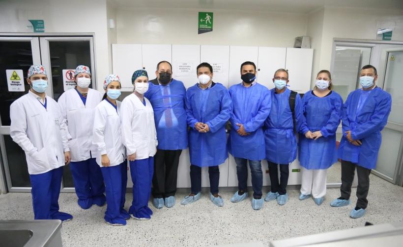 El ministro de Ciencia, Tito Crissien, visitó tres laboratorios que robustecen las capacidades de diagnóstico e investigación de agentes biológicos de alto riesgo para la salud humana.