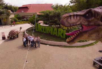 Foto exterior del parque Ukumari.