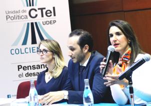La construcción de la Política CTI 2015-2025 fue posible gracias al equipo técnico de Colciencias, en compañía del Departamento Nacional de Planeación (DNP), algunos Ministerios, 17 entidades gubernamentales, investigadores, empresarios y vicerrectores
