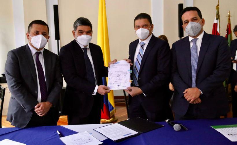 El ministro Tito Crissien radicó el proyecto de Ley que tiene como objetivo dar continuidad al Ministerio de Ciencia, Tecnología e Innovación.