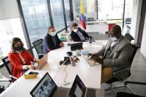 Nuestro ministro Tito José Crissien Borrero revisó hoy estado de cooperación que tenemos con el BID en reunión con Ignacio Corlazzolli, representante del BID en Colombia, y Fernando Vargas, Especialista en Competitividad, Tecnología e Innovación del BID.