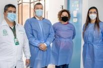 Realizamos recorrido en laboratorio de Escuela de Microbiología y la nueva Unidad de Diagnóstico Molecular.
