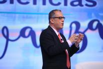 El director de Colciencias, Diego Hernández Losada presentó los avances del último año en ciencia, tecnología e innovación, cifras que culminan con los 50 años de la entidad y dan la bienvenida al nuevo Ministerio de CTeI.