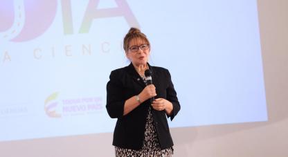 "Adriana Ocampo, ejecutiva del programa ""New Horizons"" de la NASA"