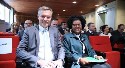 La Ministra Mabel Torres , en compañía del Embajador de Francia en Colombia Gautier Mignot , presentaron las conclusiones de la  Misión de Sabios y destacaron la importancia de la cooperación científica colombo francesa para difundir la ciencia.