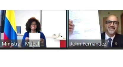 ●El documento fue firmado por la ministra de Ciencia, Tecnología e Innovación, Mabel Gisela Torres Torres y el director del MIT ESI, Jhon Fernández.