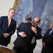 Diego Hernández se posesiona como director de Colciencias