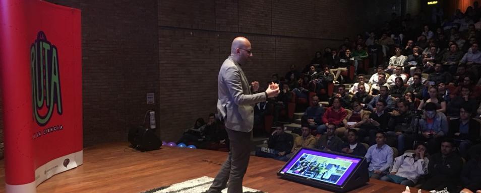 El invitado especial al evento fue Juan Sebastián Ávila