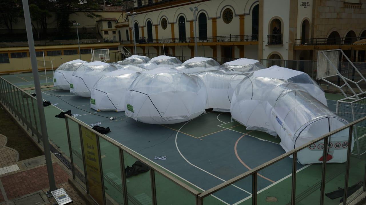 Las primeras dos Unidades de Aislamiento Epidemiológico Portátiles (UAEP) fueron instaladas en Villavicencio donde servirán como soporte para el cuidado de pacientes sospechosos o confirmados por Covid-19 para prevenir colapso en el sistema hospitalario.